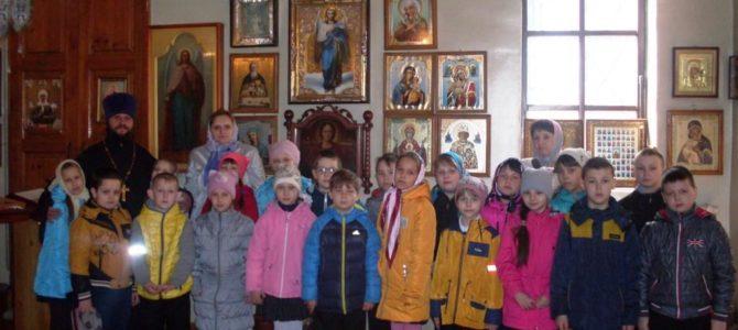 Творческая экскурсия «Красная горка» для воспитанников детской школы искусств.