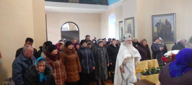 Праздничное Богослужение в Михайло-Архангельском храме.