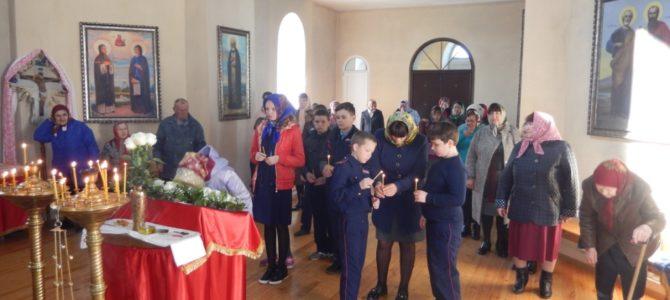 Пасхальное празднование в честь иконы Божией Матери в Новеньком.