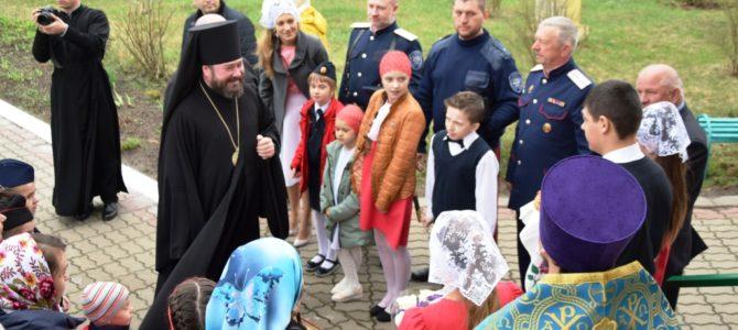 Архиерейское богослужение в Свято — Михайловском храме с. Песчаное.