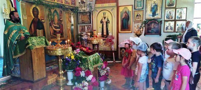 Экскурсия в храм.